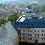 Widok z Czarnej Wieży i wieży kościelnej